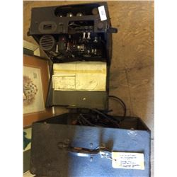 Victor 16mm Projector & 1 Speaker