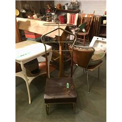 Lot of Msc Pieces of Furniture