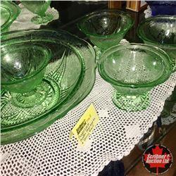 Royal Lace Depression Glass - Green : 4 Sherberts & Berry Bowl