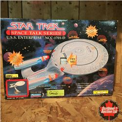 "Playmates Collector Toy: Star Trek ""USS Enterprise"" Space Talk Series Collectors Edition No. 069785"