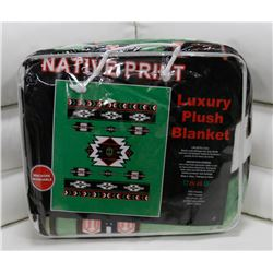 "NEW! ""NATIVE PRINT"" LUXURY PLUSH BLANKET (QUEEN)"