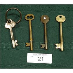 FOUR ANTIQUE HOTEL ROOM SKELETON KEYS
