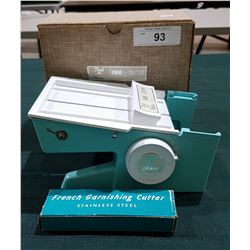 VINTAGE DIAL-O-MATIC FOOD CUTTER