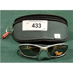 "NEW RYDERS ""JUNIOR JOLT"" SUNGLASSES W/CASE"