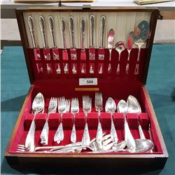 APPROX 60 PC VINTAGE COMMUNITY PLATE FLATWARE SET PLUS EXTRAS IN CANTEEN