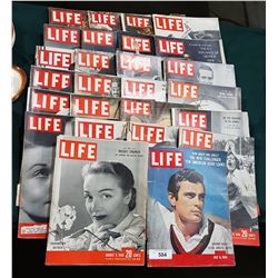 APPROX 26 VINTAGE 1940/50/60'S LIFE MAGAZINES