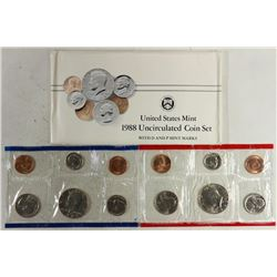 1988 US MINT SET (UNC) P/D (WITH ENVELOPE)
