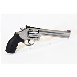 Smith & Wesson 686-6 Handgun