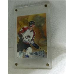HOCKEY CARD - METAL WINNER - PETER FORSBERG - IN LARGE HARD CASE