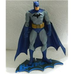 HUSH ACTION FIGURE WITH BATMAN STAND - BATMAN - BLUE CAPE