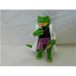 LEGO MINI FIGURE - LIZARD WITH CAPE