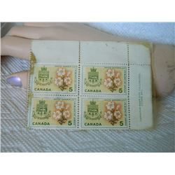 STAMPS - CANADA 5 CENTS - 1964 - WHITE GARDEN LILY - 4 TTL