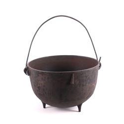 Antique Cast Iron Scalding Cauldron Kettle