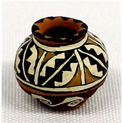 Native American Pottery Miniature, Gloria Bogulas