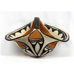 Vintage Native American Santo Domingo Pottery