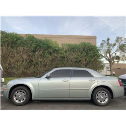 NO RESERVE FRIDAY 2005 CHRYSLER 300 COUPE