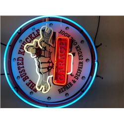 NO RESERVE BUSTED KNUCKLE NEON SIGN