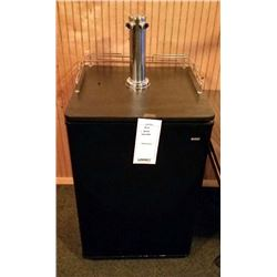 KENMORE BEER MEISTER/USED EXCELLENT CONDITION/BLACK/RETAIL NEW $699.00
