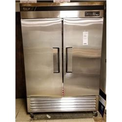"TURBO AIR 2 DR. DELUXE FREEZER COMMERCIAL/ 54"" X 30"" X 83"" HEIGHT.CURRENT COMP: $3,499.00"