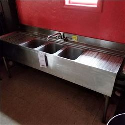"""COMMERCIAL STAINLESS STEEL 3 BOWL SINK/ 6FT X 9 1/2"""" DEEP"""