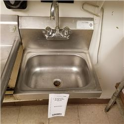 STAINLESS STEEL EMPLOYEE HAND SINK