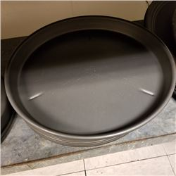 (6) LARGE PIZZA SERVING TRAYS
