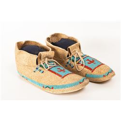 """Cheyenne Pictorial Beaded Man's Moccasins, 10"""" long"""
