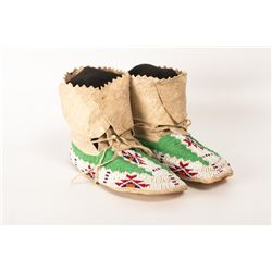 "Sioux Beaded Man's Moccasins, 10"" long"