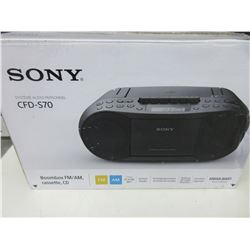 New SONY Audio System CFD-S70