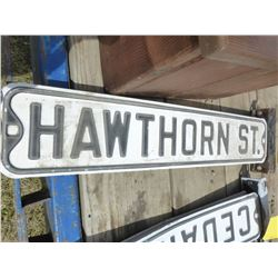 """HAWTHORNE ST"" METAL ROAD SIGN & BRACKET"