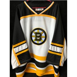BOSTON BRUINS HOCKEY JERSEY (XXL)