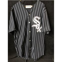 CHICAGO WHITE SOX BASEBALL JERSEY (LARGE)