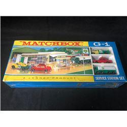 MATCHBOX G1 SERVICE STATION SET