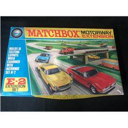 Lesney Matchbox - Scale 1/76 - Motorway Extension Set E-2