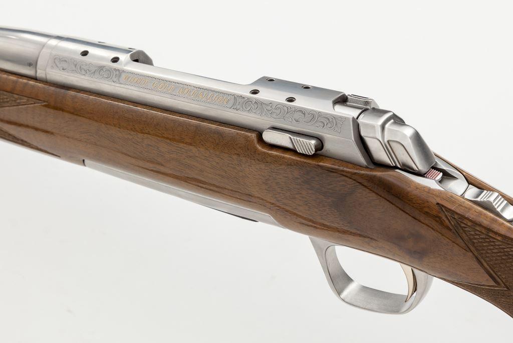 Browning X Bolt White Gold Medallion Ba Rifle