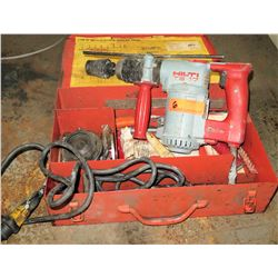 Hilti TE 17 Electric Rotary Hammer Model 903167C3 (Powers On - See Video)