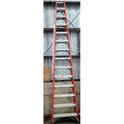 Qty 1 Red Tall Ladder 14'