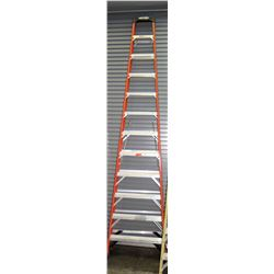 Qty 1 Red Tall Ladder