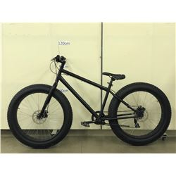 BLACK NO NAME FAT TIRE OFF ROAD BIKE WITH FRONT AND REAR DISC BRAKES