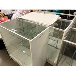 3 WHITE/GLASS RETAIL DISPLAY SHOWCASES