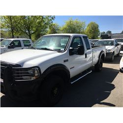 2004 FORD F350 XL SUPERDUTY, WHITE, DIESEL, AUTOMATIC, VIN#1FTSX31PX4EB95213, 385,572KMS,