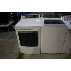 WHITE INSIGNIA WASHER AND DRYER