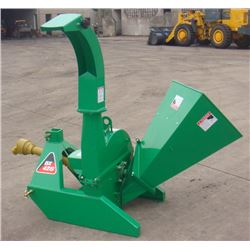 "4"" PTO WOOD CHIPPER WITH 3-POINT HITCH"