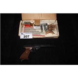 CROSMAN 1600 POWERMATIC CO2 BB PISTOL WITH CO2 CARTRIDGES AND PELLETS