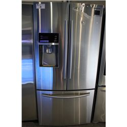 "33"" STAINLESS STEEL SAMSUNG FRIDGE WITH BOTTOM FREEZER AND WATER & ICE"