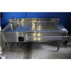 5' STAINLESS STEEL QUEST COMMERCIAL WASH STATION WITH FAUCET