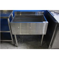 "30"" STAINLESS STEEL COMMERCIAL SINK"