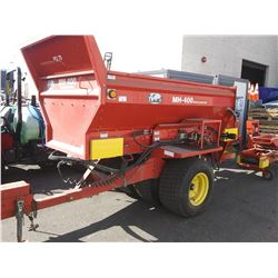 2003 TYCROP MH400 MATERIAL DELIVERY UNIT SPREADER, RED, VIN # 2BG30626900012191 COMES WITH
