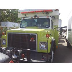 1989 INTERNATIONAL S1700 FIRE TRUCK, WHITE (YELLOW),  VIN # 1HTLCCFL1KH654388