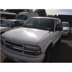 2005 CHEVROLET BLAZER, TRUCK SUV, WHITE, VIN #1GNCT18X45K110550